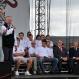 Dinamo treneris Šuplers jāj uz balta zirga